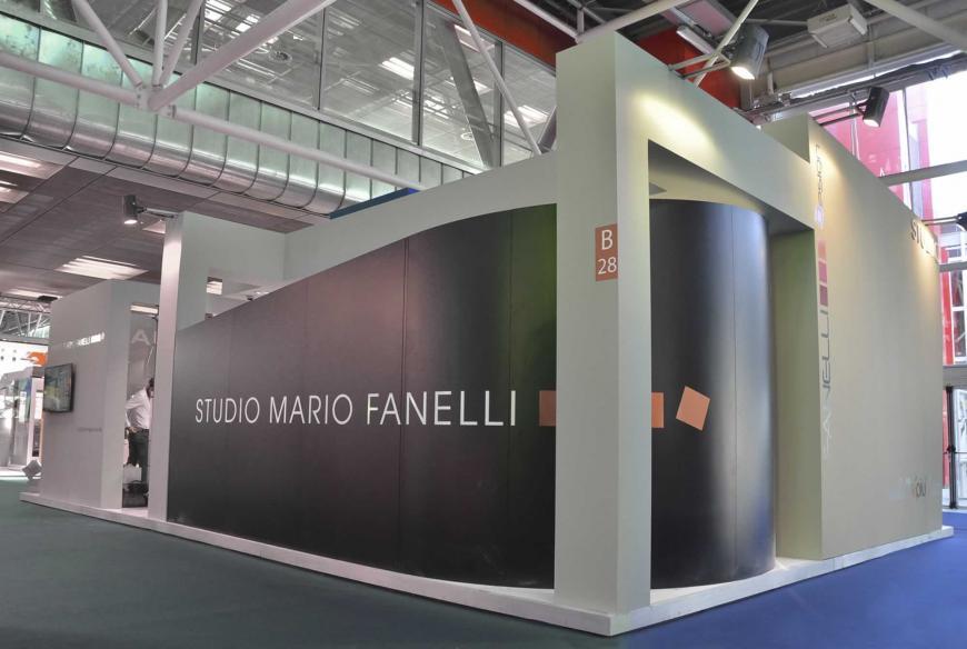 Allestimento stand Bologna Cosmofarma Studio Mario Fanelli