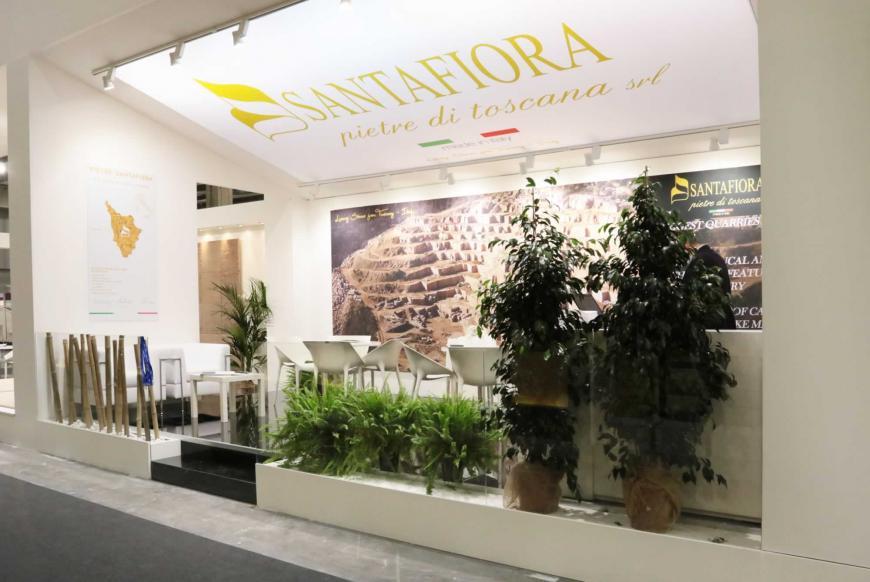 Allestimento stand Verona Marmomacc Santafioria